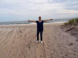 Beaches_wD2DB7QkTYmTZT48UFj34w_thumb_30be