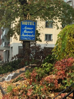 Hotel_Montreal981