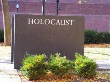 memorial_holocaust_920