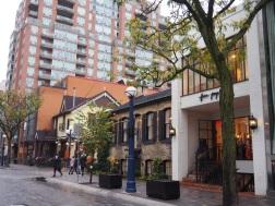 Toronto_Yorkville_3f28