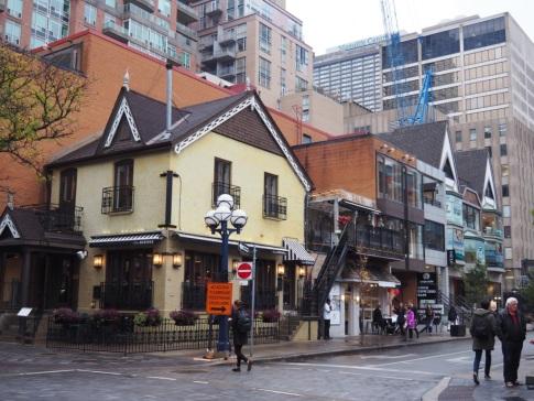 Toronto_Yorkville_3f29