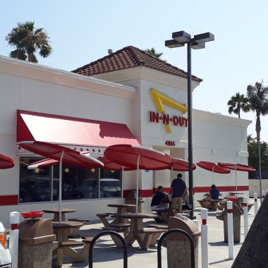 IN-n-Out-Burger1e761