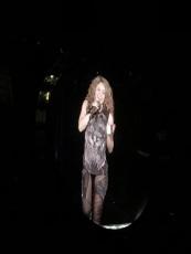 Shakira_1f9ea