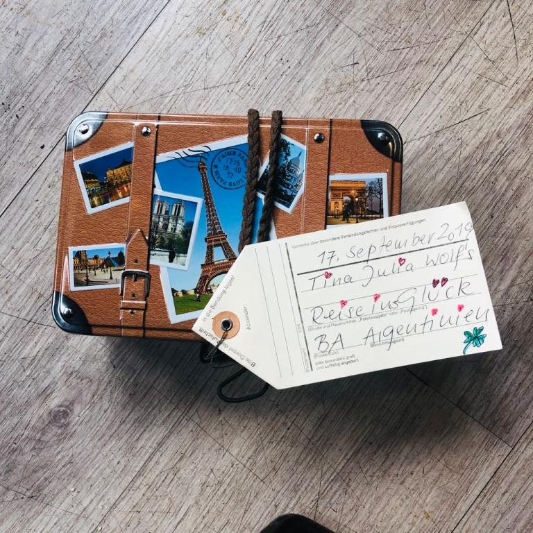 Koffer_ReiseinsGlück